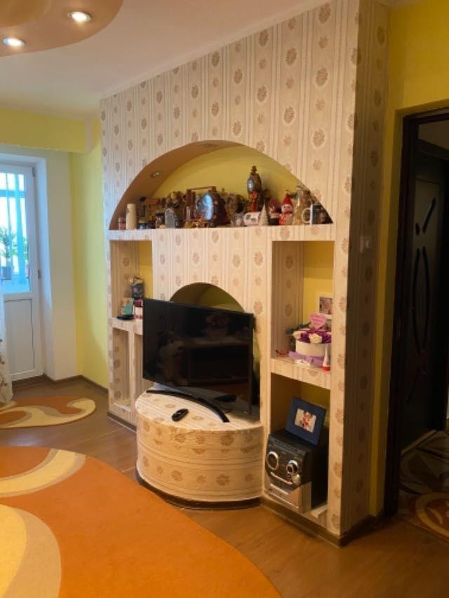 vand apartament 3 camere decomandat 2
