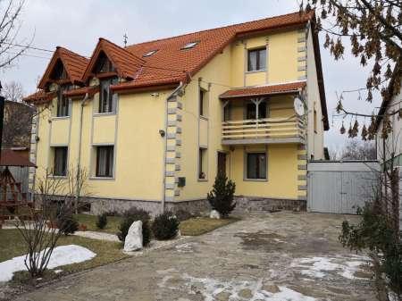 proprietar vand vila / casa sfantu gheorghe 2