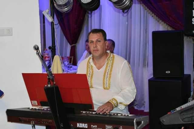 formatie nunta din braila/ formatie pentru nunti bucuresti/ formatia nicu band show 2