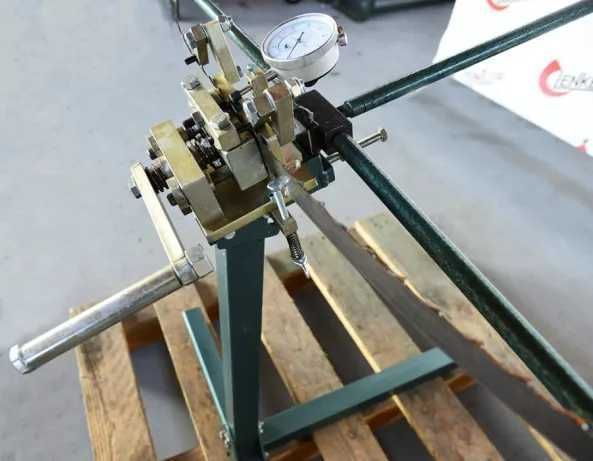 fierastrau pentru fixarea dintilor ( sawmill blade tooth setter) lenker dws- 2 2