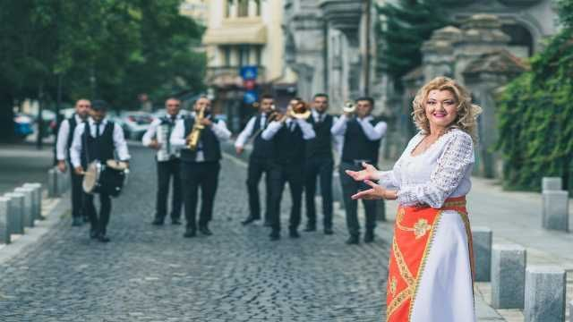 muzica pentru nunta ta 2021- 2022 - formatia simona tone 5
