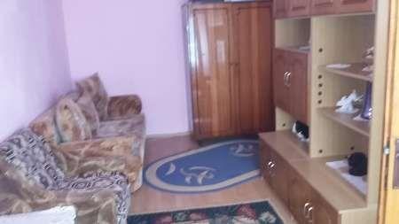 inchiriez apartament cu 1 camera 8