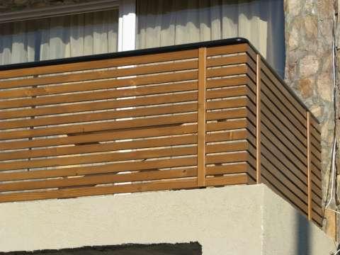 balustrada balcon din lemn masiv 4