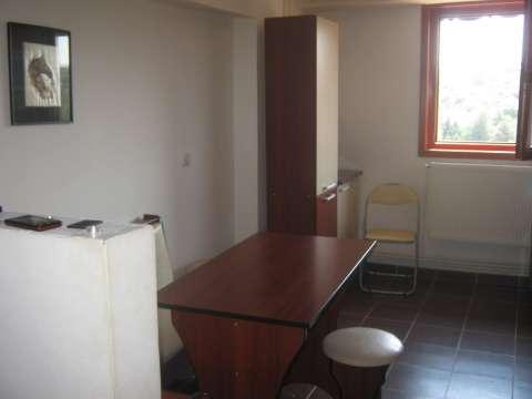 apartament 2 decomandate moinesti 1