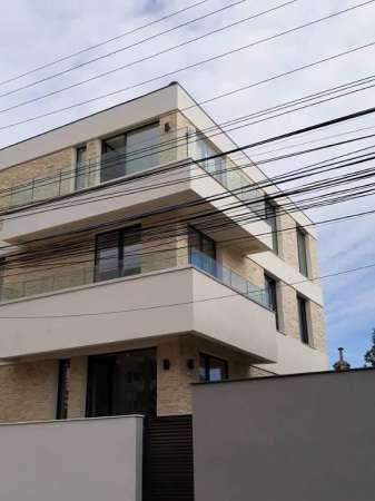 vila domenii 2018  compusa din doua apartamente 4