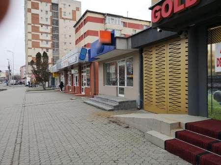 inchiriez spatiu comercial, alba iulia, cartier cetate, 40 mp 2