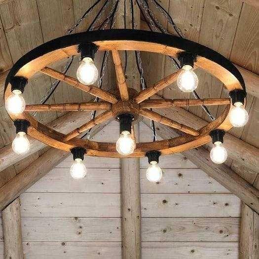 candelabru rustic din lemn 2