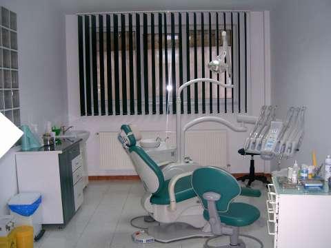vand cabinet stomatologic 2