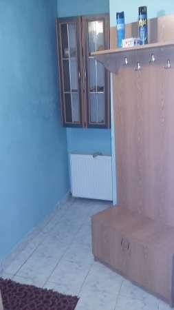 inchiriez apartament cu 1 camera 5