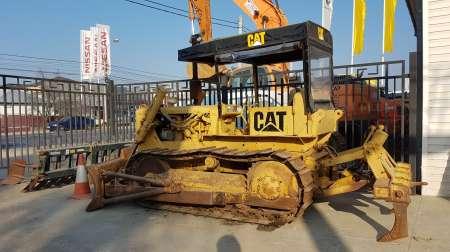 buldozer marca caterpillar model d 4 , scarificator spate 4