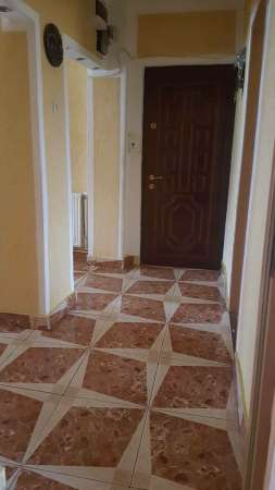 inchiriez apartament mobilat 1