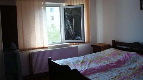 vand apartament 2 camere 2