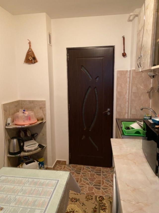 vand apartament 3 camere decomandat 12