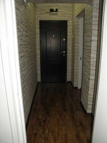 vand apartament 3 camere zona de sus onesti 6