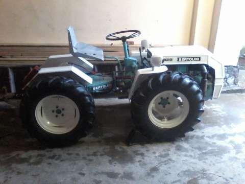 urgent tractor bertolini 320 l 871 cm 4x4 articulat 3