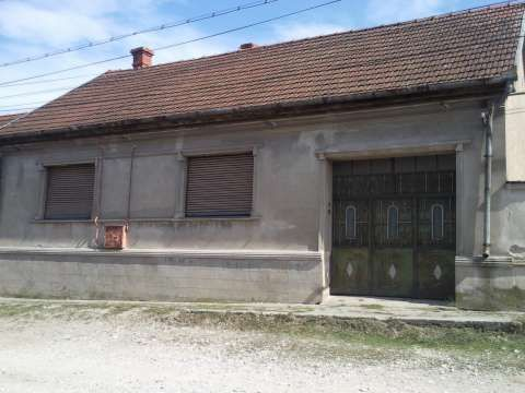 vand casa in bcsa montana caras- severin 1