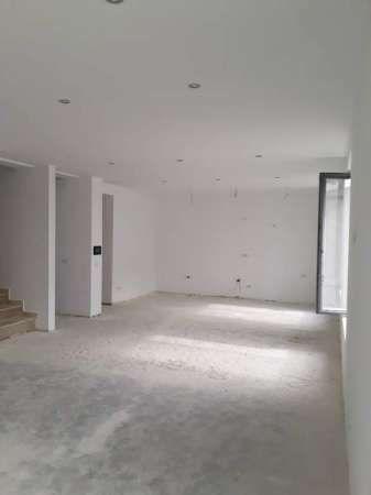 vila domenii 2018  compusa din doua apartamente 2