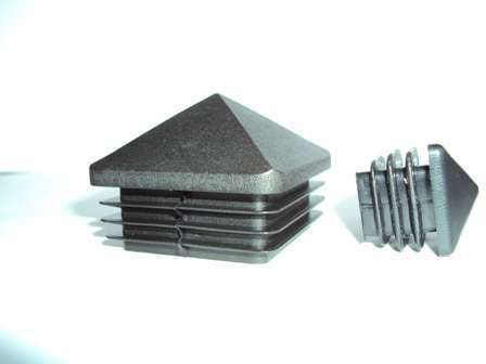 capac plastic patrat piramida 1