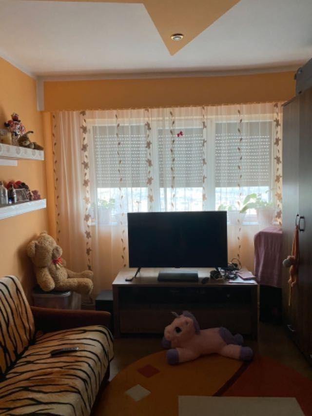 vand apartament 3 camere decomandat 5