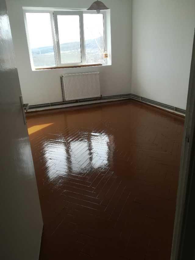 apartament 2 camere decomandat 2
