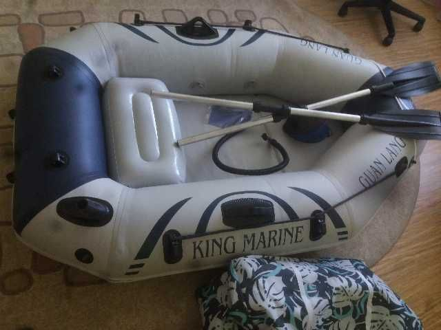 vand barca pescuit pentru o persoana 2