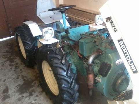 urgent tractor bertolini 320 l 871 cm 4x4 articulat 1