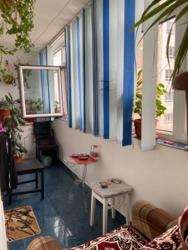 vand apartament 3 camere decomandat 4