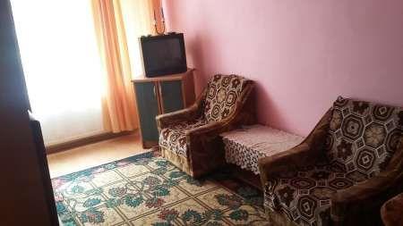 inchiriez apartament cu 1 camera 7