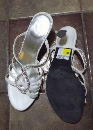 sandale cu toc elegante 1