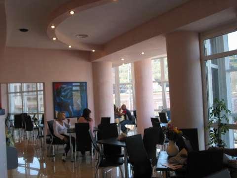 vanzare spatiu comercial - bar/ cafenea 2