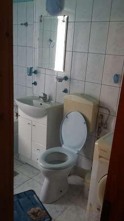 inchiriez apartament cu 1 camera 4