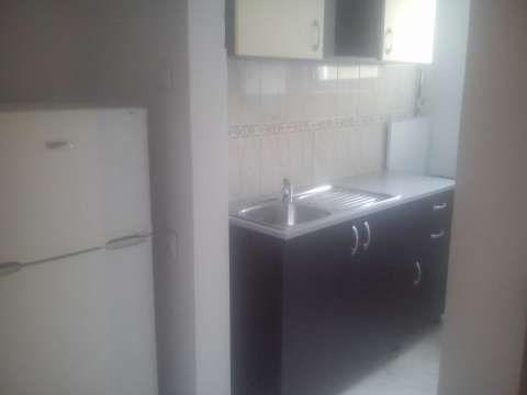 inchiriez apartament 2 camere 1