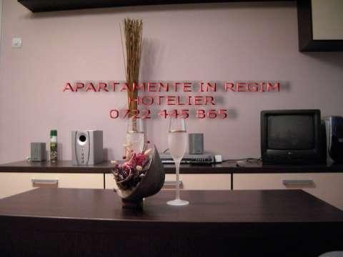 cazare brasov - apartament centrul civic 1