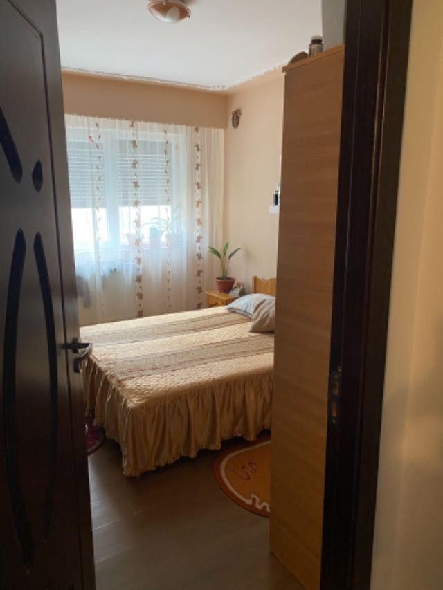 vand apartament 3 camere decomandat 10